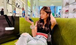 Con gái Trương Ngọc Ánh sở hữu thần thái siêu mẫu ở tuổi 13
