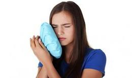 Nguy cơ đột quỵ tăng cao nếu bạn lười vệ sinh răng miệng