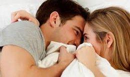 """Mãn kinh khiến chuyện """" vợ chồng """" giảm cảm xúc"""