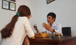 Lương y Phan Thanh Long: Bàn tay vàng hàng đầu về chữa bệnh chàm
