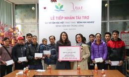 Quỹ Vì tầm vóc Việt mang Tết cho bệnh nhi nghèo
