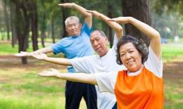 Chuyên gia gợi ý tập luyện thể dục thể thao phù hợp với  người cao tuổi