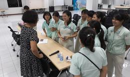 Nữ công nhân gặp khó khăn và e ngại trong việc chăm sóc sức khoẻ sinh sản