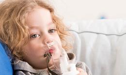 Triệu chứng nào ở trẻ bị viêm đường hô hấp trên cần phải tới gặp bác sĩ ngay?