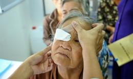 Những bệnh lý về mắt ở người cao tuổi có thể gây ảnh hưởng đến thị lực