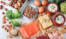 Dinh dưỡng giúp người lớn tuổi phòng ngừa COVID-19