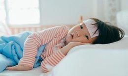 Tìm cách hạ sốt nhanh cho bé để tránh nguy hiểm