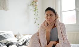 Vì sao cần bổ sung vitamin C khi bị viêm họng?