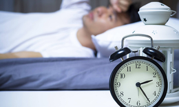 Khô miệng, mất ngủ: Dấu hiệu cảnh báo lá gan bị nóng