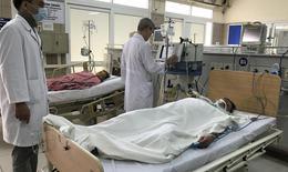 Hà Nội: Lại có thêm bệnh nhân hôn mê sâu, tiên lượng tử vong do ngộ độc rượu methanol
