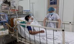 Hà Nội: Lại thêm nạn nhân tổn thương não, hôn mê sâu vì ngộ độc rượu có methanol