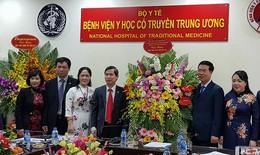 Trưởng Ban tuyên giáo Trung ương: Y học cổ truyền Việt Nam rất đáng tự hào