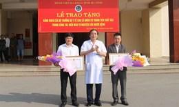 Vượt 200km trong đêm hiến máu cực hiếm, 2 người được Bộ trưởng Bộ Y tế tặng Bằng khen
