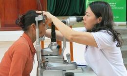 Khoảng 100 bệnh nhân khó khăn sẽ được mổ mắt miễn phí