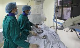 BV Bạch Mai: Điện quang can thiệp nội mạch giúp mở rộng thời gian cứu bệnh nhân đột quỵ não