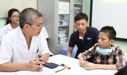 Bệnh nhân ghép phổi đầu tiên bởi các thầy thuốc Bệnh viện Việt Đức được ra viện