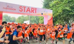Hơn 2.000 người tham gia chạy vì bệnh nhân Parkinson