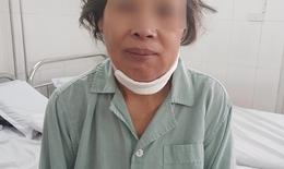 Tưởng chỉ viêm họng, sâu răng, đi khám người phụ nữ phát hiện ung thư lợi hàm di căn