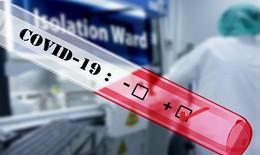 Chuyên gia nói gì về trường hợp mắc COVID-19 sau 3 lần xét nghiệm âm tính?
