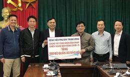 Bệnh viện Phụ sản TW tặng 500 bộ quần áo chống dịch COVID-19 cho Hội hữu nghị Việt- Pháp