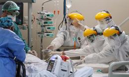 """Báo Nhật nhận định Vingroup sản xuất máy thở để """"phòng thủ"""" làn sóng dịch COVID-19 thứ 2"""