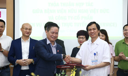 Bệnh nhân thanh toán viện phí tại Bệnh viện Việt Đức không cần dùng tiền mặt