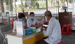 Dịch COVID-19: Đà Nẵng và 4 địa phương khác được gộp chi trả lương hưu tháng 8 và 9/2020