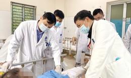 Điều trị thoát vị đĩa đệm cột sống cổ bằng châm cứu, thuỷ châm người đàn ông bị nhiễm trùng