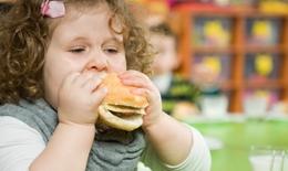 Làm thế nào để trẻ béo phì giảm cân và vẫn đủ dinh dưỡng phát triển chiều cao?