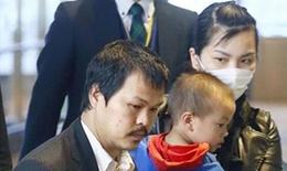 Bố mẹ Nhật Linh trở về Việt Nam