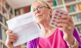 Cách nào giúp người cao tuổi dùng thuốc an toàn?