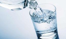 Không chỉ hai lít mỗi ngày: Bạn cần uống nước đúng cách