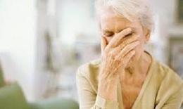 Hormon có thể là nguyên nhân khiến phụ nữ dễ bị Alzheimer hơn