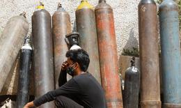 Ấn Độ: Hiểm nguy từ việc tự tạo oxy tại nhà để chữa COVID-19