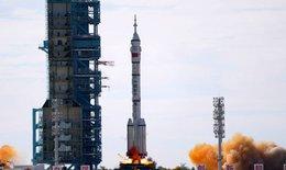 Trung Quốc phóng tàu vũ trụ đưa phi hành gia lên trạm không gian mới