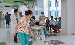 Báo động đỏ, huy động 20 y bác sĩ giành giật sự sống cho nữ sinh đa chấn thương