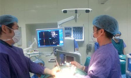 BV Đại Học Y Hà Nội khám sàng lọc miễn phí cho bệnh nhân có bệnh lý thần kinh sọ não và cột sống