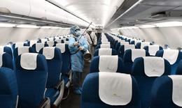 Khử trùng và ngừng khai thác máy bay chở bệnh nhân thứ 17 nhiễm COVID -19