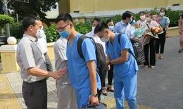 18 cán bộ y tế Hải Phòng chi viện Bắc Giang phòng dịch COVID-19