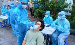 Sau 2 ngày kêu gọi, có hơn 2.100 cán bộ y tế đăng ký cùng TP Hồ Chí Minh chống dịch COVID-19