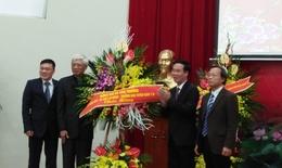 Ban Tuyên giáo TƯ chúc mừng BV Hữu Nghị nhân 62 năm Ngày thầy thuốc Việt Nam
