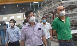 Giảm quy mô sản xuất, đảm bảo an toàn cho người lao động