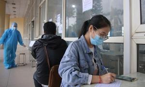 Hoàng loạt bến xe tại Hà Nội dựng điểm test nhanh cho khách về quê