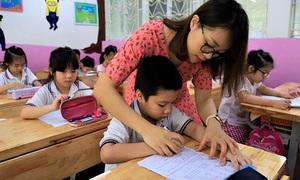Học sinh Hà Nội được hỗ trợ 50% mức học phí hằng tháng của năm học 2021-2022