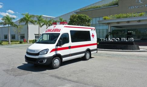 THACO trao tặng TP. Hà Nội 300.000 kit test nhanh  kháng nguyên SARS-CoV-2 và 30 xe cứu thương