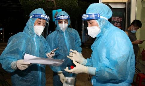 Sáng 17/10: Hơn 790.500 bệnh nhân COVID-19 đã khỏi;  Trên 75% người trên 18 tuổi ở TP HCM đã tiêm mũi 2 vaccine