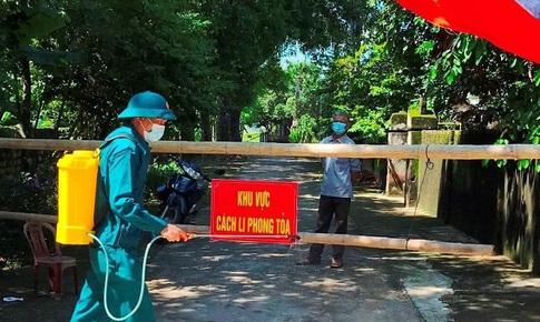 Phú Thọ xét nghiệm sàng lọc cộng đồng; 84% người đủ điều kiện ở Ninh Bình đã được tiêm vaccine mũi 1