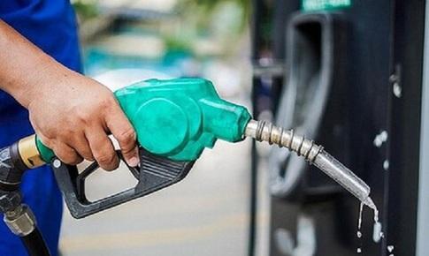 Giảm giá dầu, giá xăng không đổi