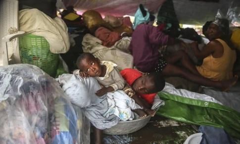 Người dân Haiti vẫn chìm trong tuyệt vọng sau trận động đất kinh hoàng