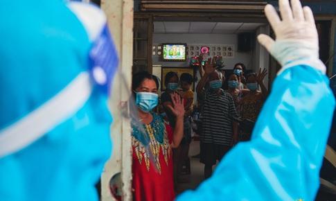 Thư Sài Gòn (số 33): Những khoảnh khắc F0